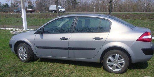 Аренда легкового авто Renault Megane 2006 без водителя