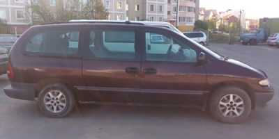 Аренда минивэна Chrysler Grand Voyager 1998 (Минск)