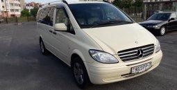 микроавтобус Mersedes-Benz Vito 2010 напрокат в Минске с водителем